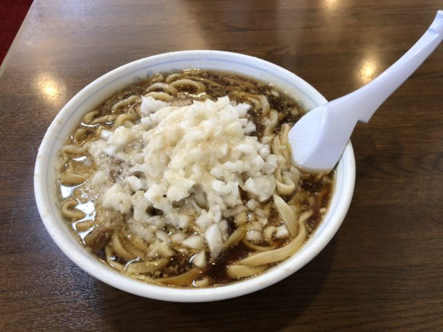 三条ラーメンの新潟の人気店「中華亭」は背脂と濃口醤油がおすすめ!