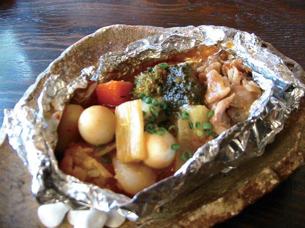 豚バラ肉と温野菜の中華風ホイル蒸し
